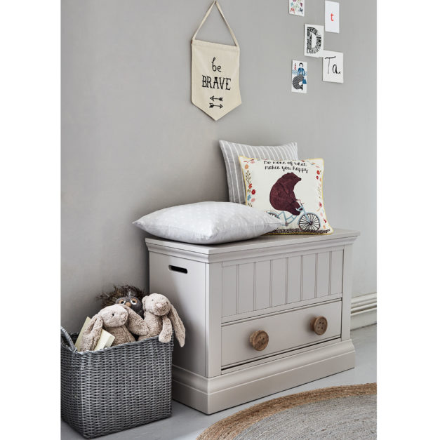 Children's painted bedroom furniture toy box