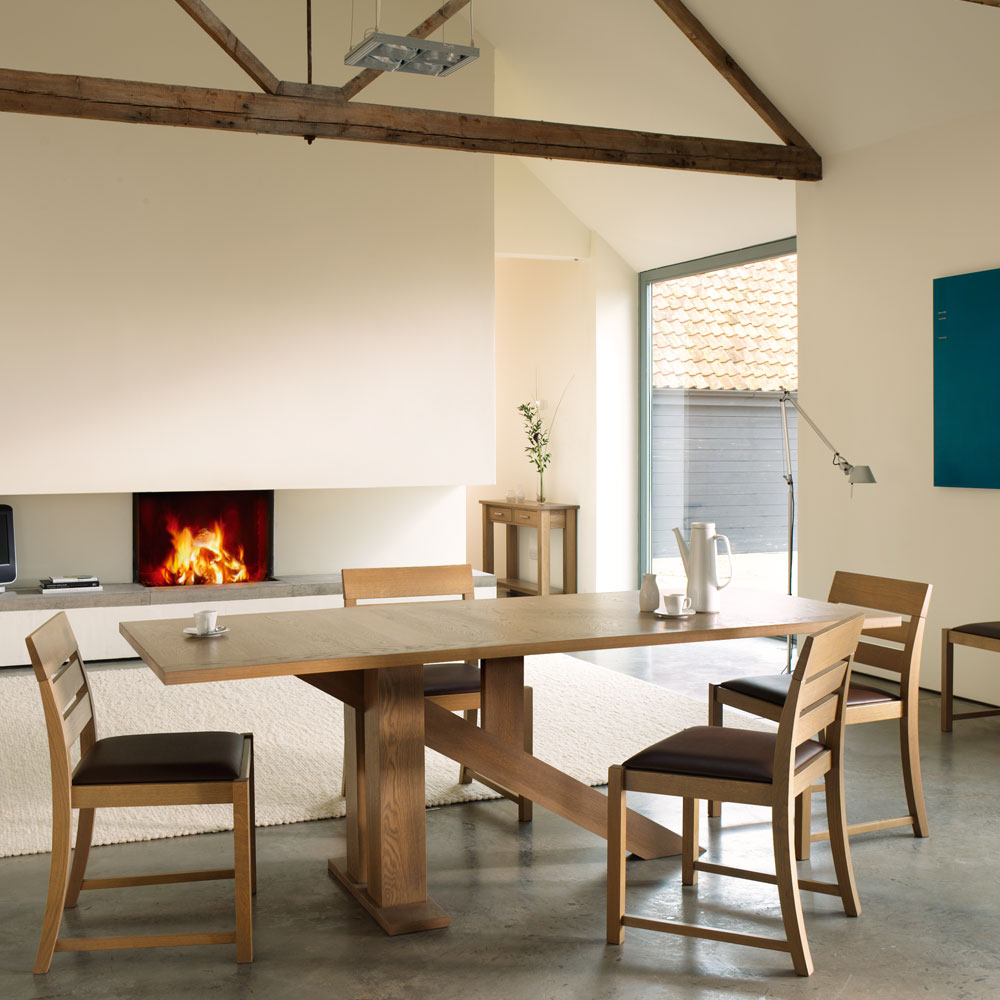 quercus contemporary oak dining room furniture venice oak dining tables - Contemporary Oak Dining Table