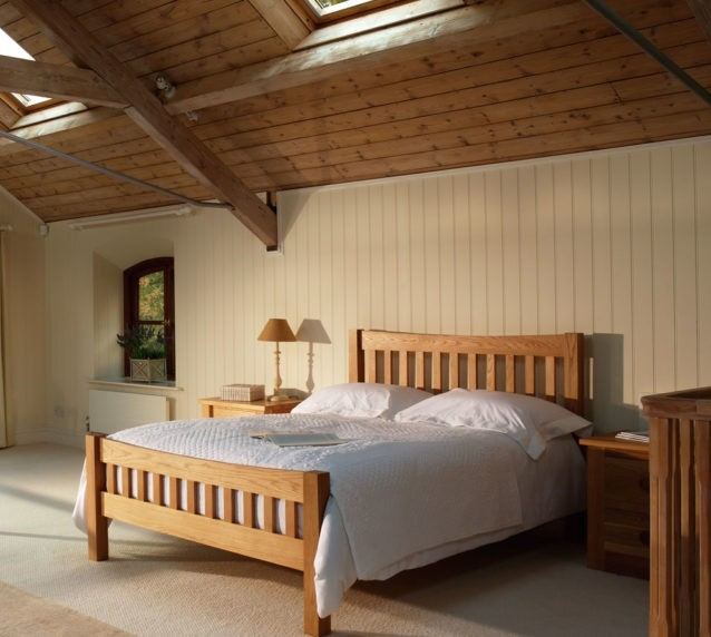 Quercus-oak-oxford-bed-frame-high-foot-end