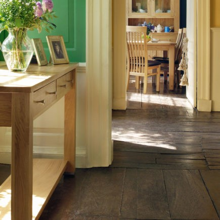 quercus solid oak medium hall table with drawers