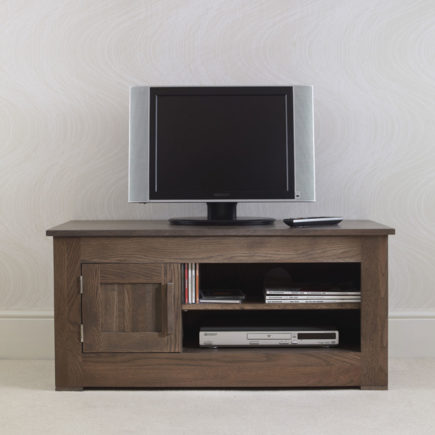 quercus solid oak small TV unit