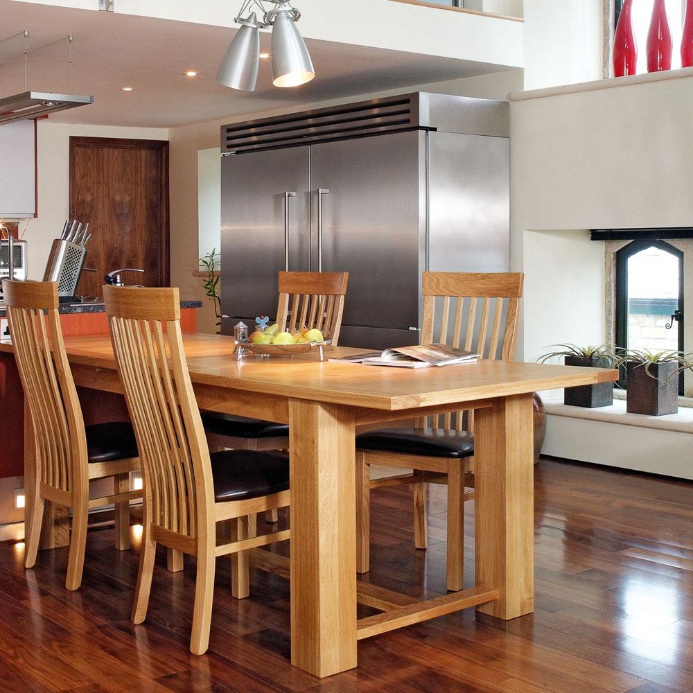 Quercus Solid Oak Extending Refectory Table Con Tempo